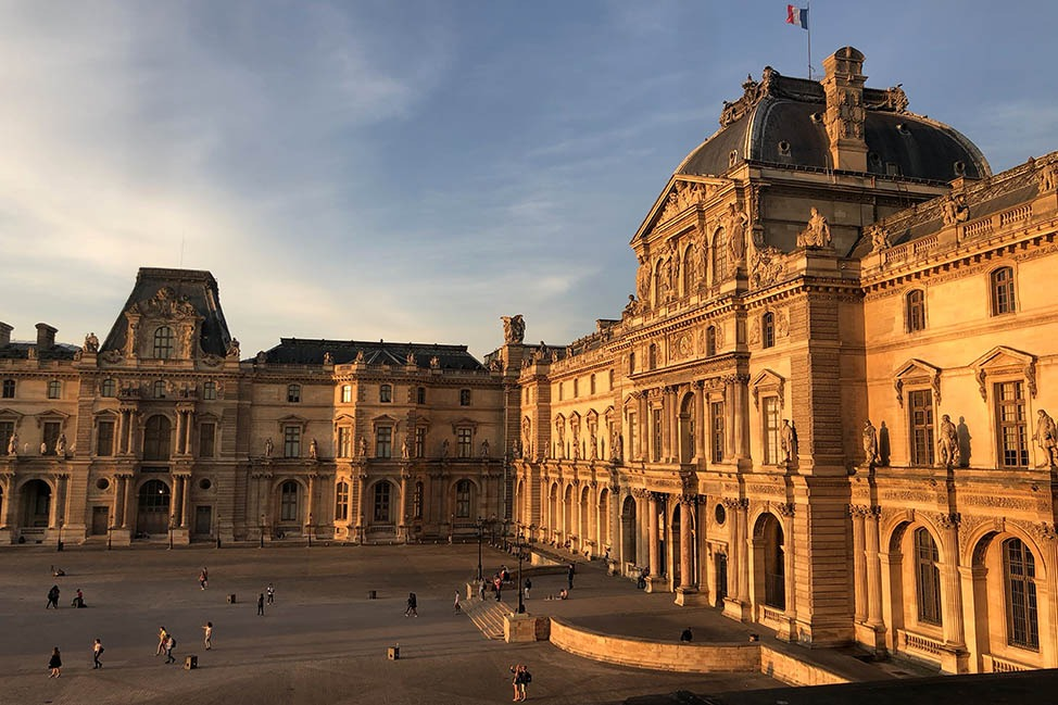 Free Museum Day in Paris – Musee du Louvre thumbnail