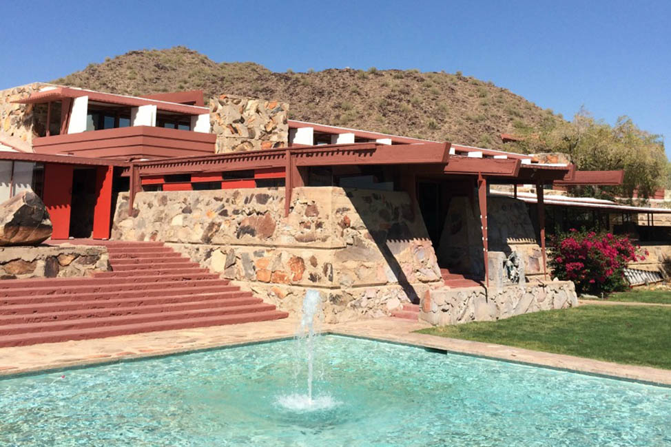 Touring Frank Lloyd Wright's Taliesin West thumbnail