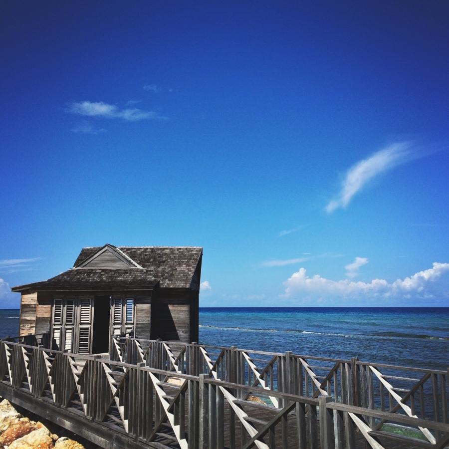 Over-the-ocean Spa Cabana!