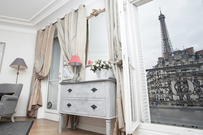 A Perfect Paris Apartment in the 7th thumbnail