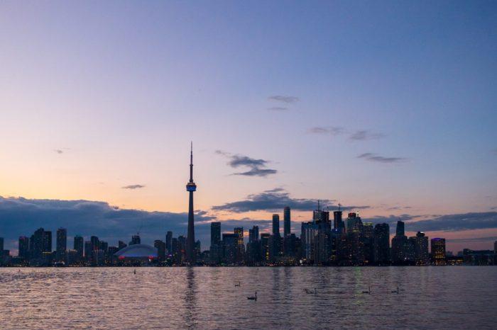 Experience a #TorontoStopover thumbnail