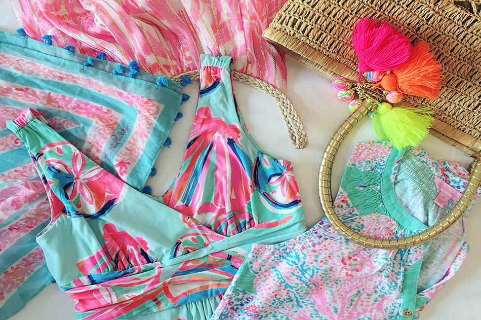 Greece: Lilly Pulitzer on Santorini thumbnail