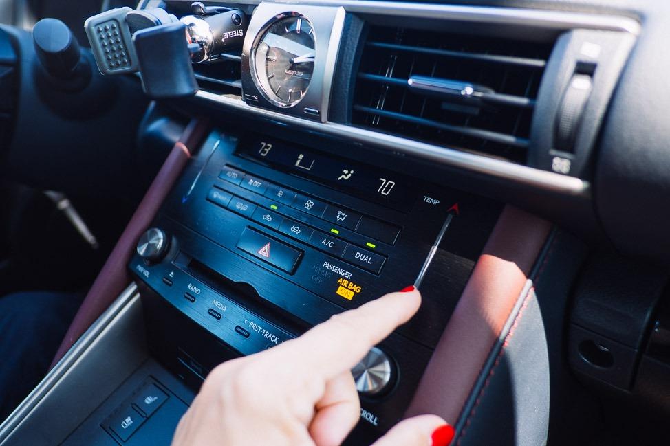 Lexus IS 200t Test Drive in Los Angeles