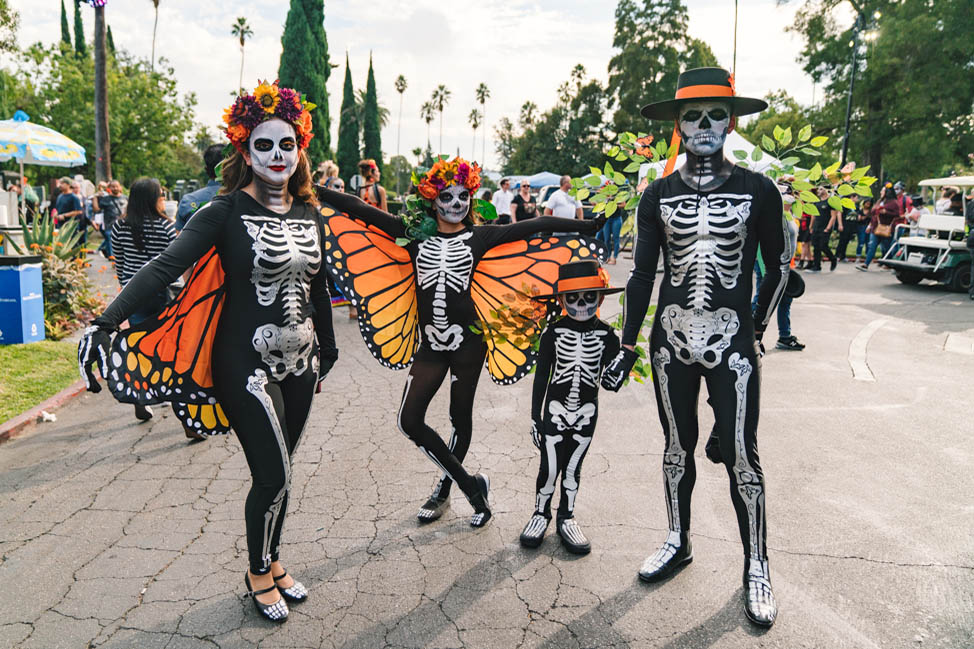 Dia de Muertos: what it is and how to experience it in Los Angeles thumbnail