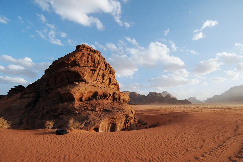 Movies Filmed in Wadi Rum featured image found on Unsplash by Juli Kosolapova